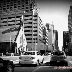 Toronto: Discovering the DiscoveryDistrict